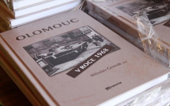 Nová originální kniha mapuje přelomový rok 1968 v Olomouci. Nenechte si ujít první regionální souborné zpracování tehdejších událostí v naší republice