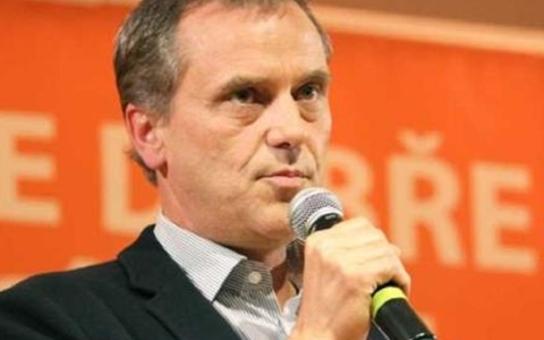 Hejtman Rozbořil to nebude... ČSSD v Olomouckém kraji chce najít nového volebního lídra do konce roku. A kdo do korupční kauzy tahá Monteky a Kapulety?