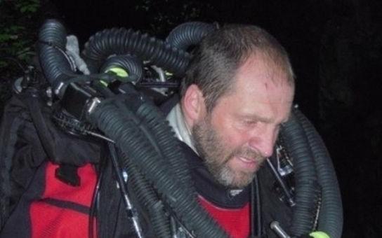 Hranická propast je nejhlubší zatopenou sladkovodní jeskyní na světě. O její změření se zasloužil polský potápěč Krysztof Starnawski